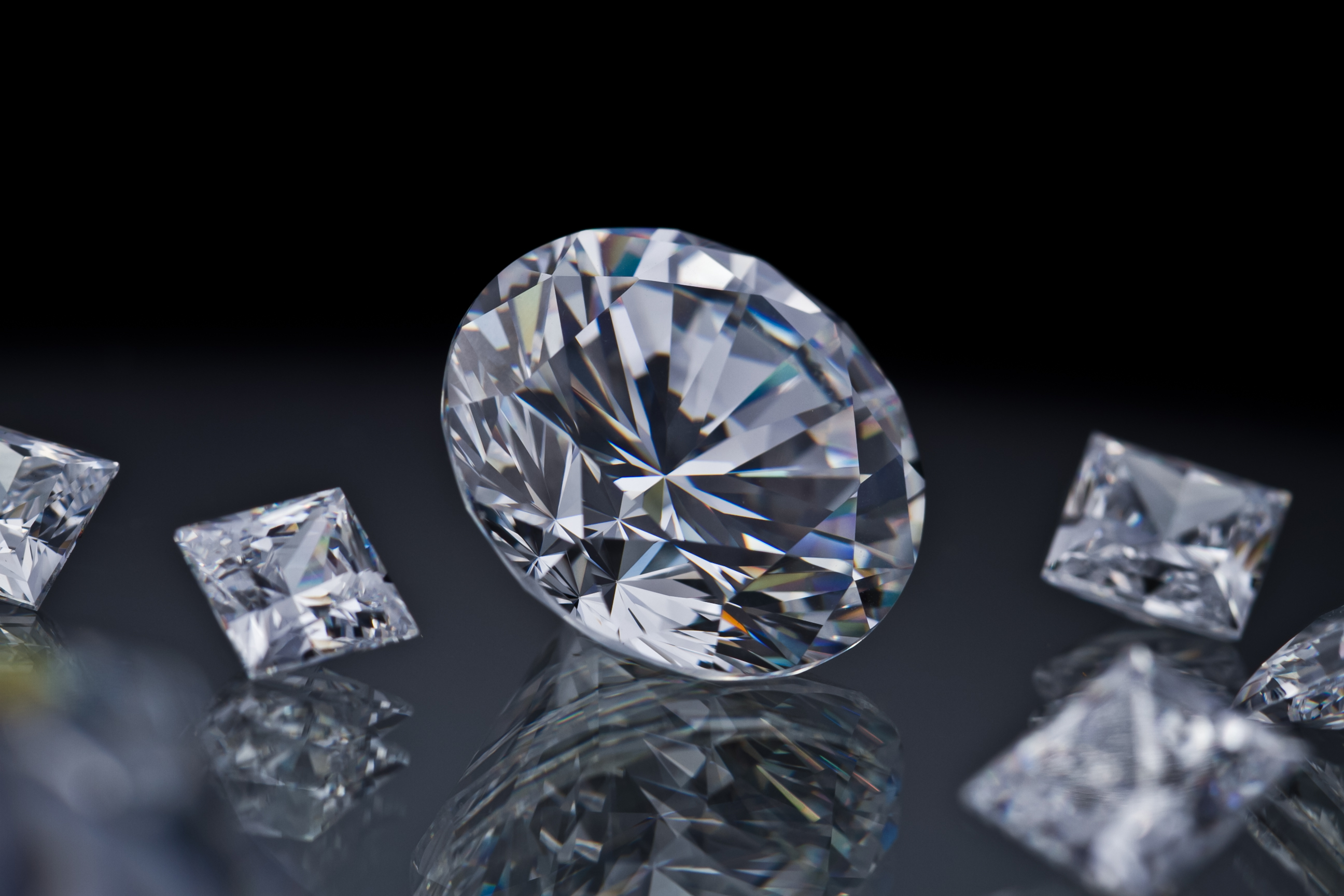 "De Beers' service will be open to polished diamonds more than 5 carats in weight or of fancy colour. Image courtesy: <a href=""https://www.flickr.com/photos/alonbj/24429270129/"" target=""_blank"">Flickr/Alon Ben Joseph</a>"