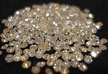 The service addresses industry concerns regarding melee parcels containing undisclosed synthetic and treated diamonds