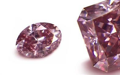 Sams Group Australia's pink oval cut and radiant cut diamonds