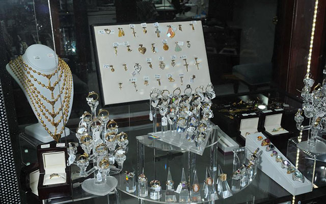 "Police recently raided a jewellery store in Perth believed to be full of 'stolen' jewellery. Image courtesy: Image courtesy: <a href=""https://www.facebook.com/WA.Police"" target=""_blank"">Facebook/WA Police</a>"