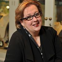 Kirsten Allbrecht, Kozminsky owner