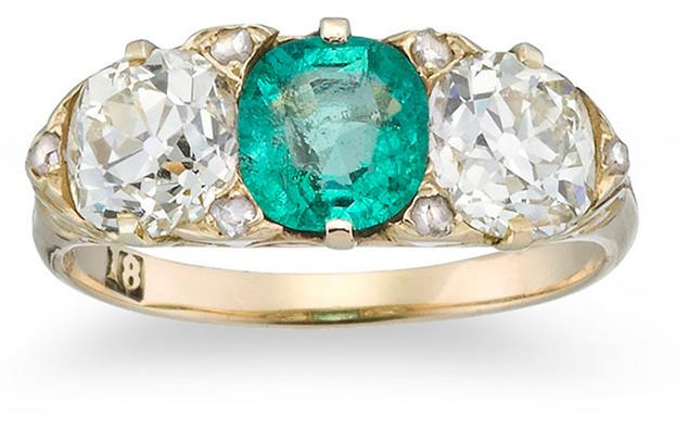 An antique emerald and diamond ring set in yellow gold formed part of the Kozminsky auction. Image courtesy: Leonard Joel