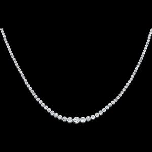 The art deco necklace, comprised of 123 graduated old brilliant cut diamonds, was sold for $27,280. Image courtesy: Leonard Joel