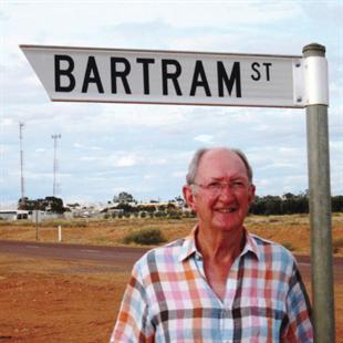 Alan Bartram on Bartram Street, Cooper Pedy
