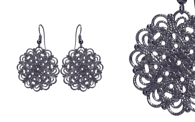 Fabuleux Vous' Lacey Black Earrings