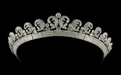 Queen Elizabeth's 'halo' tiara is just one of the highlights of Cartier's current exhibition in Canberra