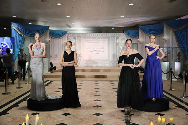 Jewellery show for the Opening Night Gala Dinner