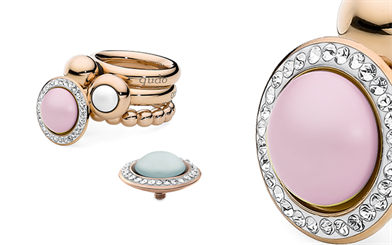 Qudo Jewellery's soft pastel coloured interchangeable ring