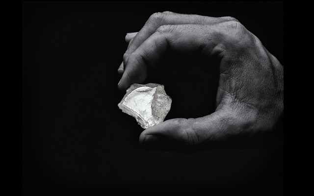 The largest diamond in the Diavik Stars of the Arctic Tender– the 'Vega of the Arctic', a 177.7-carat rough