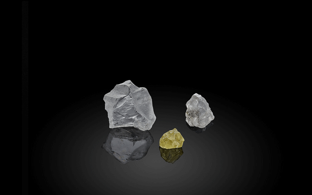 The 'Altair of the Arctic' and 'Capella of the Arctic'–are a 59-carat white rough stone and a 28.8-carat yellow diamond