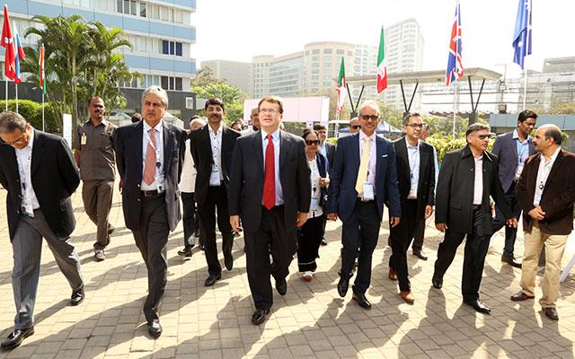 L to R: Mr. Anoop Mehta (President BDB) Mr. Edgard D Kagan, US Consul General, Mr. Mehul Shah (Vice president BDB) & Committee Members BDB