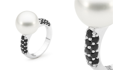 Ikecho Pearls' limited edition handcrafted 18-carat white gold ring