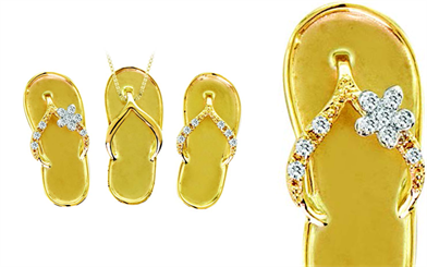 Sandals For Your Neck's 14-carat gold sandal with diamond pendant collection
