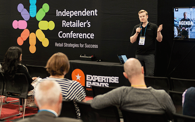 Podium's Taylor Cutler presents his seminar, 'How to leverage your online reputation to gain new clients'.