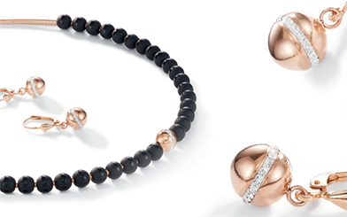 Onyx meets pavé crystal and rose gold in this new set by Coeur de Lion.