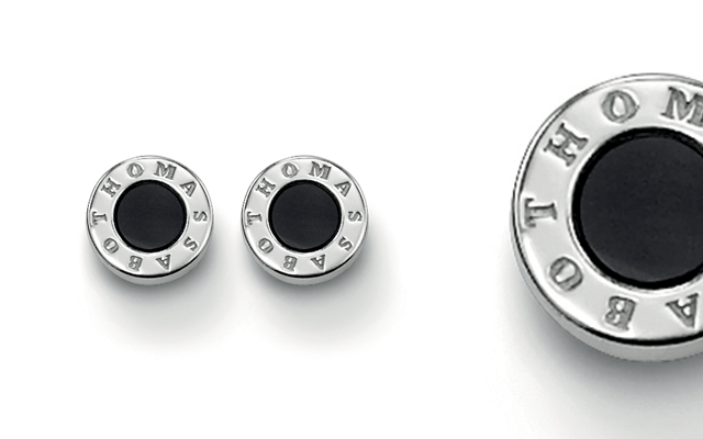The round ear studs from the Sterling Silver Collection by Thomas Sabo.