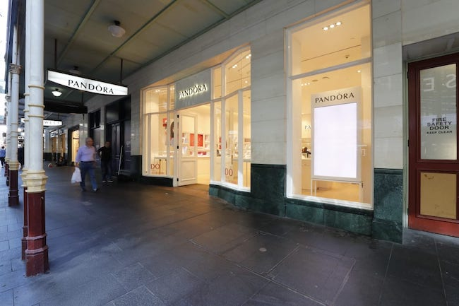 Pandora to close Sydney flagship store as lease negotiations fail