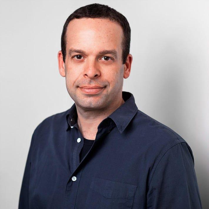 Oren Schneider, member of the Fancy Color Research Foundation Advisory Board