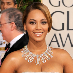 Singer Beyonce blings it up at the Oscars