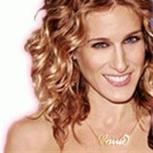 Sex and the City character, Carrie Bradshaw, wearing personalised necklace.