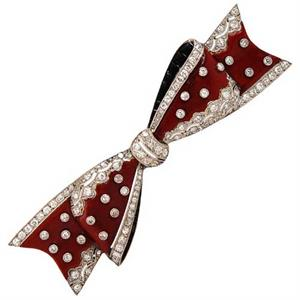Van Cleef & Arpels enamel and diamond bow pin, 1924