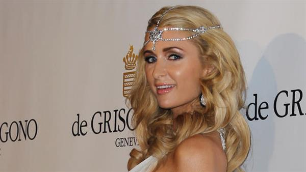 Paris Hilton with jewellery from de Grisogono
