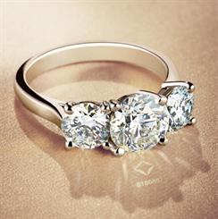 De Beers aims to deliver a story about the individual stone in its brand Forevermark