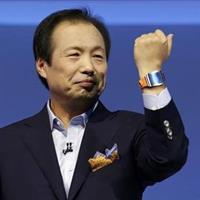 JK Shin, head of Samsung