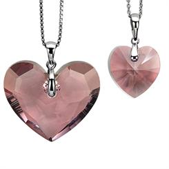 Zinzi's heart pendants
