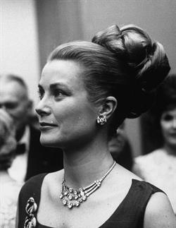 Grace Kelly wearing Cartier in Monaco, 1960