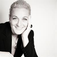 Nadia Neuman, Mondial creative director