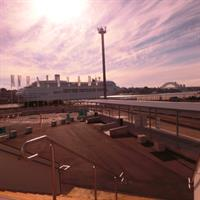 The Sydney Exhibition Centre @ Glebe Island is located on the harbour foreshore near ANZAC bridge