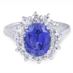 A sapphire ring from Moi Moi Fine Jewellery