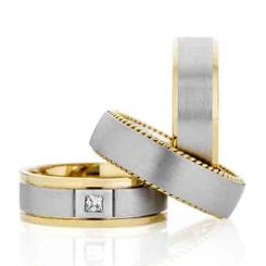 Dora's versatile ring comes in 9ct, 14ct and 18ct gold