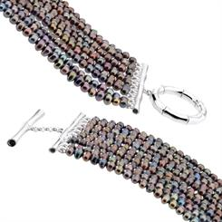 The 'Saba' bracelet from Misaki will be on show at the Sydney fair