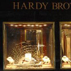 A man stole a diamond ring from Hardy Brothers in Melbourne's CBD, shattering the glass to break in