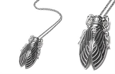 Najo's Cicada necklace