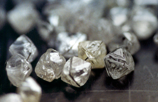 De Beers' updated sales model includes a new customer type, accredited buyer, in addition to its traditional sightholders
