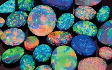 Designers from all over the world derive inspiration from the rainbow of colours seen in Australian opal