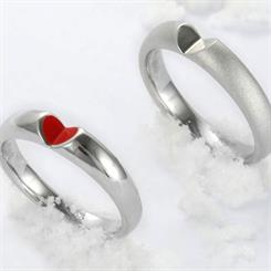 Innopark Design Studio's new 'Give me your Heart' ring collection