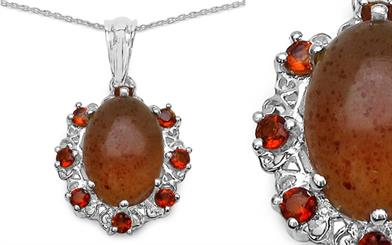 Gallant Jewellery's amber pendant necklace