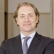 Daniel Struyf, Bonhams senior director of international jewellery