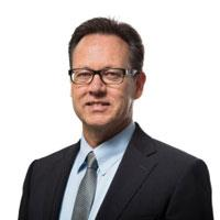 Walter Hühn, Element Six chief executive