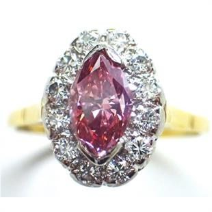 "<a href=""http://hollowaypinkdiamonds.com.au/?p=915"" target=""_blank"">William Leslie 1.03-carat vivid pink diamond ring</a>"