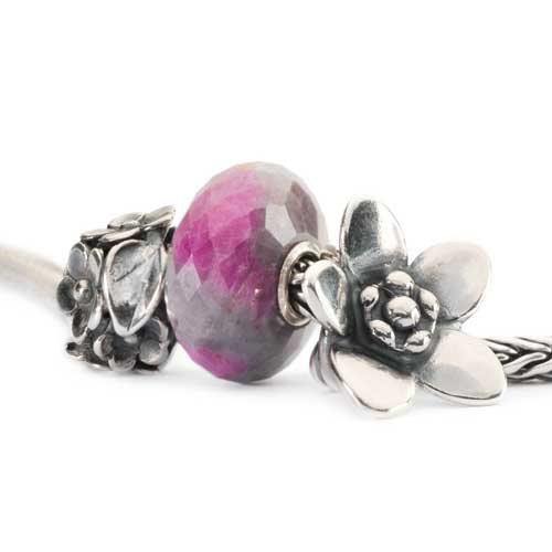 Mother's Day beads by Trollbeads